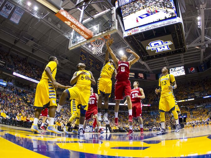 2012-12-8-college-basketball-wisconsin-marquette-2-4_3